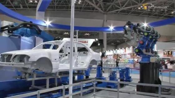 汽车工业行业_白车身/涂胶_安川机器人