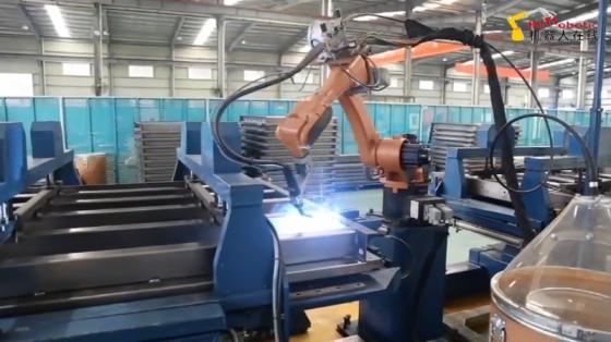 汽车工业_轿底自动焊接_新时达机器人