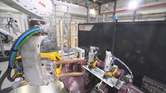 柔性点焊应用_ABB机器人
