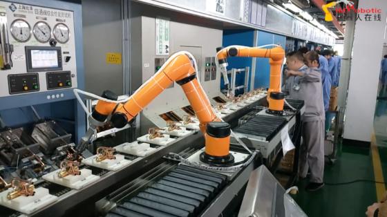 3C&家电行业_应用于盾安环境生产线_遨博协作机器人