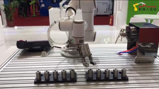 金属加工_取放金属件_艾利特机器人
