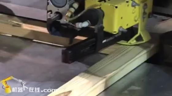 木材/家具行业_装配/打钉拆解_发那科机器人 2