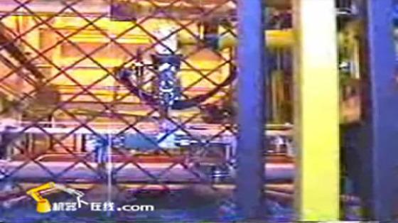 汽车工业行业_冲压自动化/串联冲压_发那科机器人 3