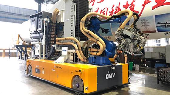 【汇聚案例】全球首例麦轮激光导航OMV智能全向移动叶片打磨机
