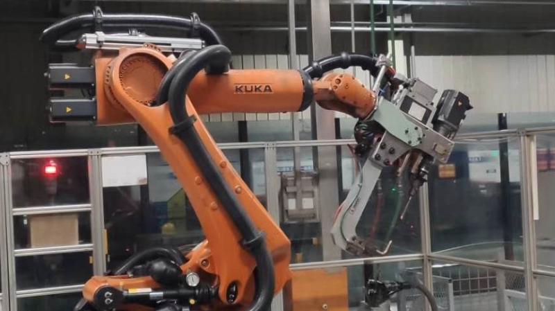 机器人点焊管线包