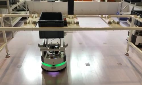 優艾智合輕型負載移動機器人Corgi工博會展示