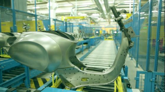 金属加工行业_弧焊_柯马机器人