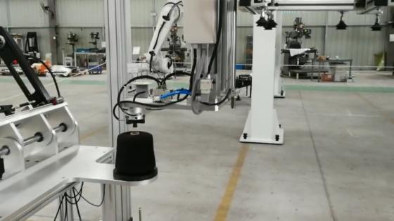 消費品行業_物料搬運/搬運針織品線軸_上海博信桁架機器人