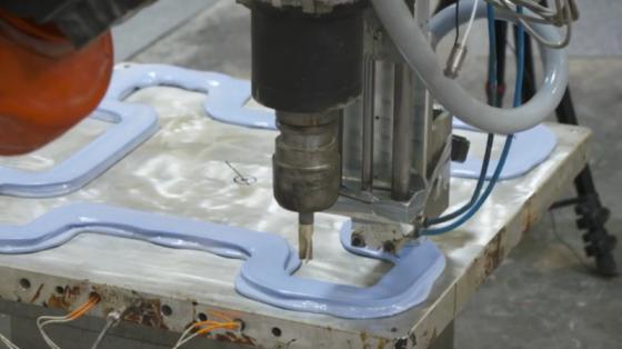 混合3D打印機器人為歐洲工業零件制造商提升40%的效率
