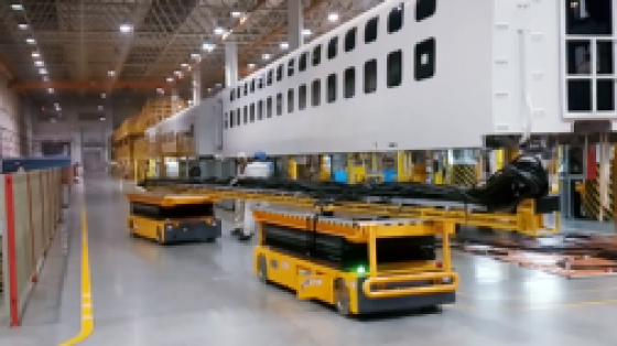 OMV高铁设备舱线槽安装双车联动设备